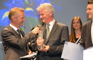 Auszeichnung Pegasus in Bronze - OÖ Nachrichtenfür Unternehmen und Innovation LIFTKAR Treppenraupe