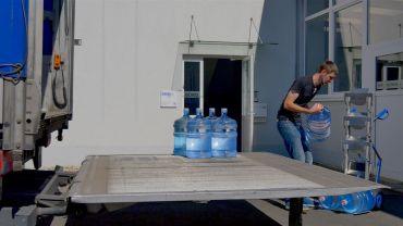Modulkar - Wasserflaschen