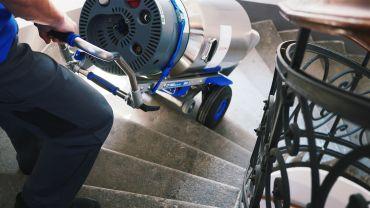 LIFTKAR SAL Fold Treppensteiger mit Sauerstoffflasche auf  Wendeltreppe